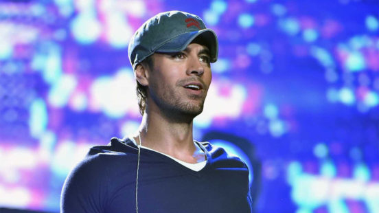 Enrique Iglesias: Latin Love